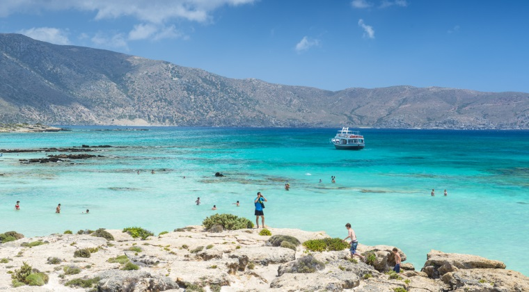 Sapte plaje cu nisip alb si apa cristalina din Europa, in care simti ca atingi paradisul