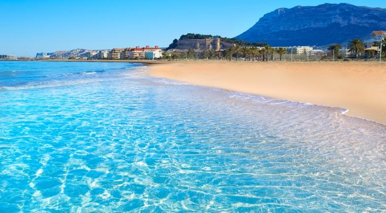 Tarom va zbura la Alicante, Spania, cu 150 euro dus-intors