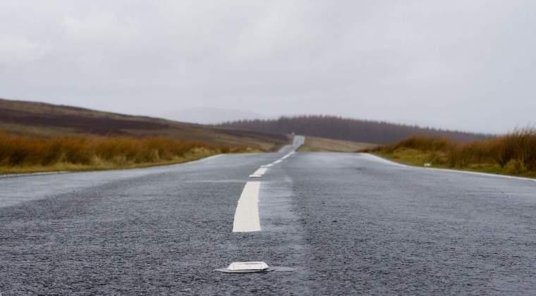 Circulatie intrerupta pe mai multe drumuri nationale, din cauza inundatiilor