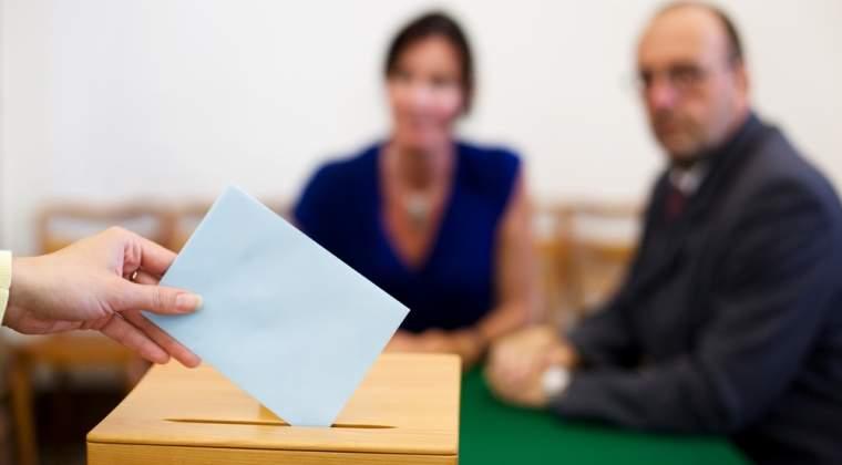 Sectiile de votare s-au deschis la ora 7.00; peste 18 mil. de romani sunt asteptati la urne