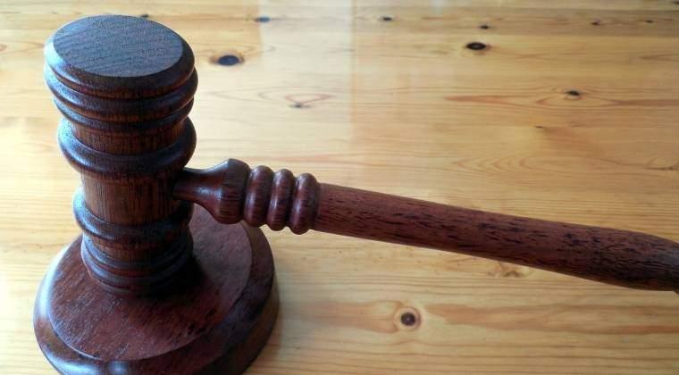 Dosar penal pentru presedintele unei sectii de votare din Medgidia, care a luat acasa stampila de control