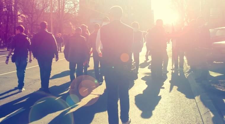 Zeci de mii de polonezi au iesit in strada in semn de protest fata de Guvern