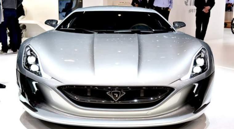 Un miliardar din Emirate a platit 4,9 milioane de dolari pentru a avea cifra 1 pe placuta de inmatriculare a masinii