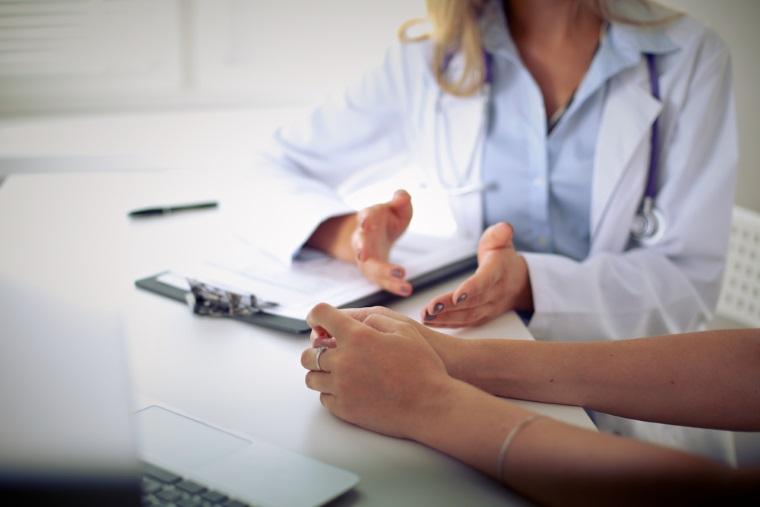 Bolnavii de cancer, sub amenintarea grevei medicilor oncologi, suparati ca un sfert din colegi sunt anchetati de DNA
