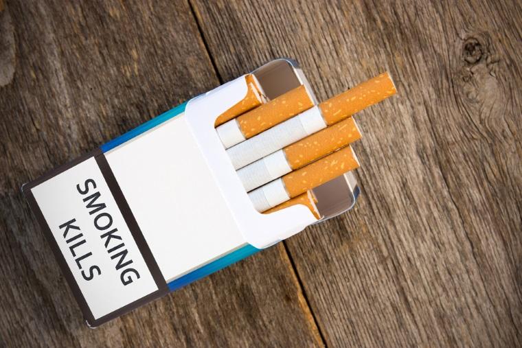 Problema noilor pachete de tigari ar putea aduce un gol la bugetul de stat de 250 de milioane lunar