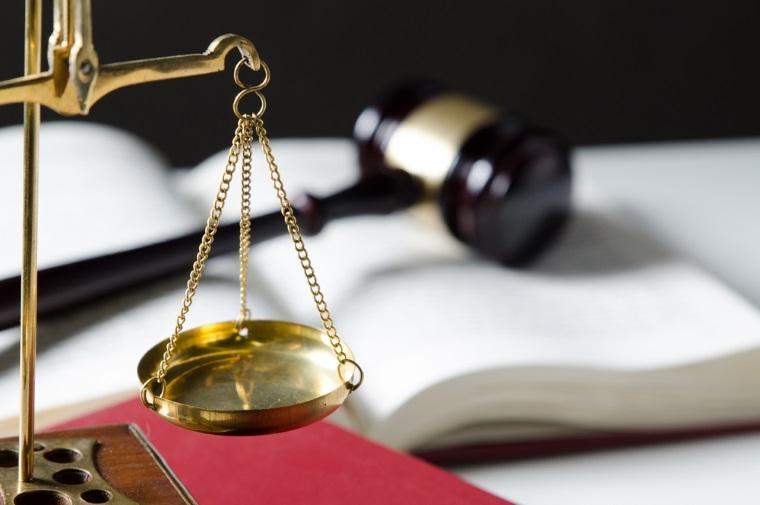Primarii condamnati la inchisoare cu suspendare nu isi pierd functiile. Senatul a respins cererea de reexaminare a lui Iohannis