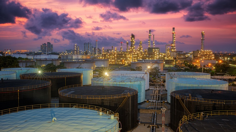 Barilul de petrol Brent atinge maximul ultimelor opt luni