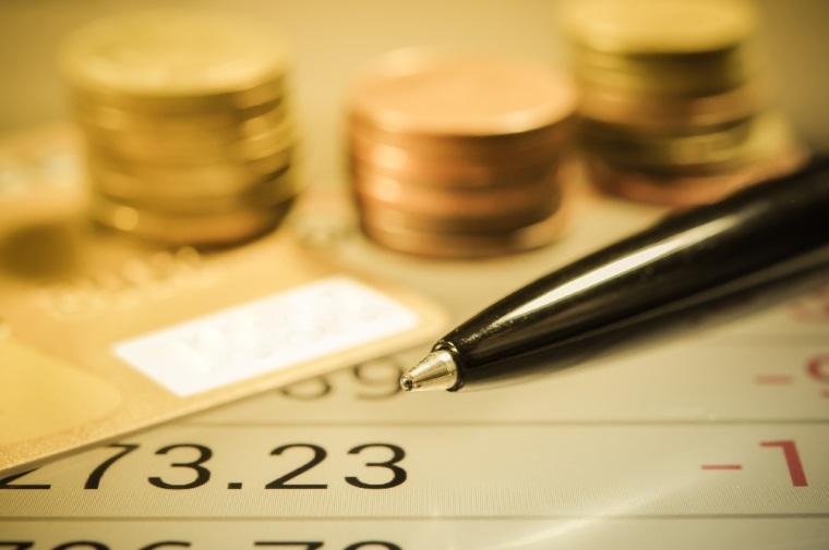 Investitiile straine directe, in Romania, s-au redus in primele patru luni cu 23,8%, la 887 milioane euro