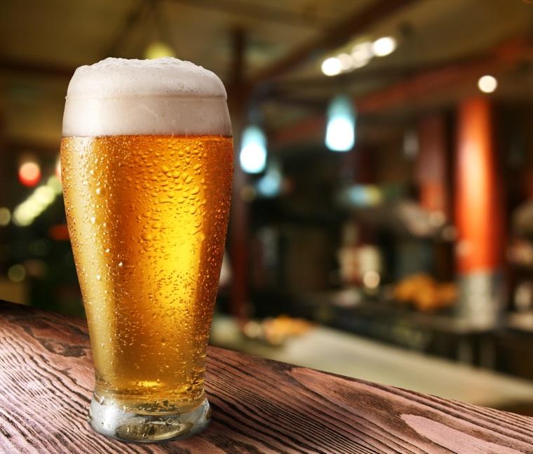 Cum a fost anul 2015 pentru doi dintre cei mai mari producatori de bere din Romania