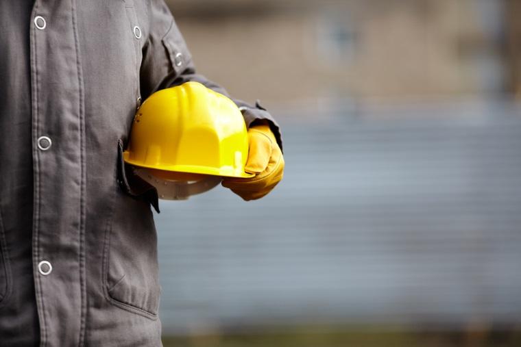 Sectorul constructiilor si-a revenit in luna aprilie datorita lucrarilor la drumuri programate de stat: avansul a fost de 12,6%