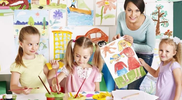 Statistica INS: In Romania, un profesor preda, in medie, la clase formate din 15 elevi