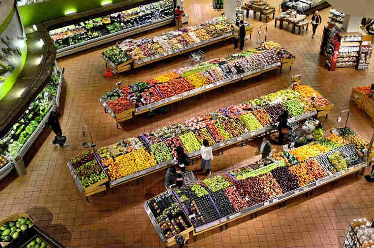 Romania si Polonia au inregistrat in 2015 cele mai scazute preturi ale alimentelor fata de media UE