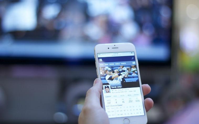 Facebook ar putea avea continut exclusiv video in 5 ani