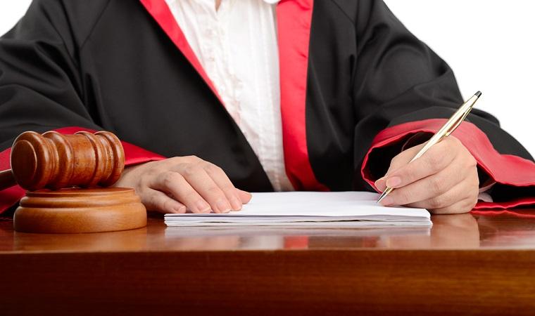 Fostul primar Neculai Ontanu, trimis in judecata intr-un dosar al retrocedarilor