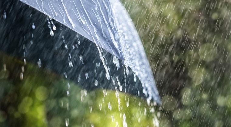 Vreme extrema in Romania: ploi si vijelii in 20 de judete si canicula in sudul tarii