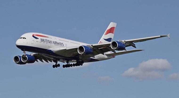 Pasagerii British Airways se confrunta cu intarzieri considerabile dupa prabusirea sistemului de check-in