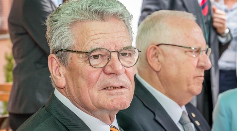 Gauck: DNA, unul dintre pilonii principali ai procesului de reforma; dorim consolidarea lui ca a treia putere in stat