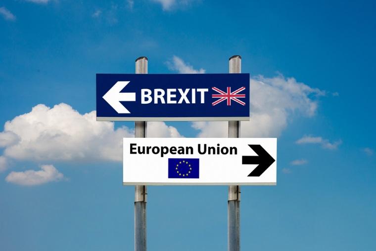 Bloomberg: Brexitul risca sa reduca fondurile pentru statele est-europene si sa limiteze comertul