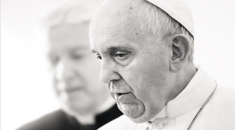 Papa Francisc a sustinut ca uciderea in masa a etnicilor armeni de catre trupele otomane reprezinta un genocid