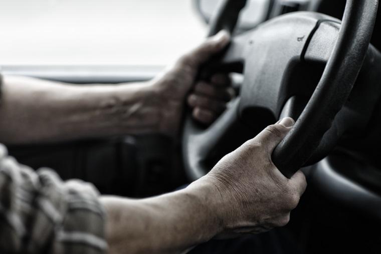 Ministerul de Interne a publigat proiectul de HG cu privire la ridicarea vehiculelor stationate neregulamentar