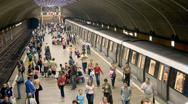 Circulatia metroului a fost intrerupta din cauza ploii torentiale