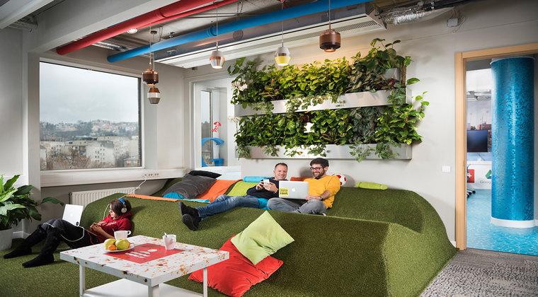 (P) Hub pentru startup-uri. Un nou inceput