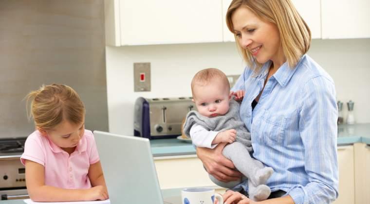 OUG: Mamele care nu detin acte de identitate pot sa obtina mai simplu certificate de nastere pentru copiii lor