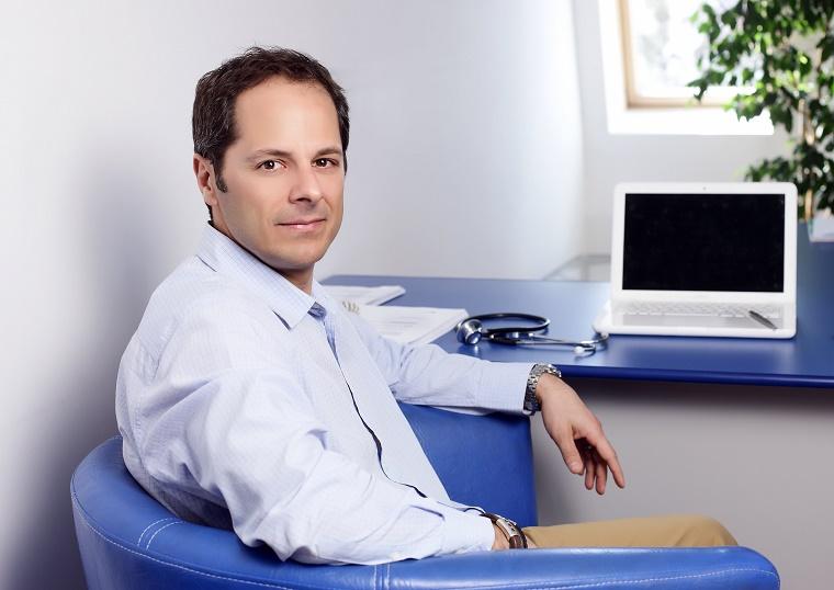 Ovidiu Palea: #RomaniaProfesionista are nevoie de doua generatii de doctori adevarati pentru a repune sistemul medical pe picioare. Ce reforme propune directorul centrului medical ProVita