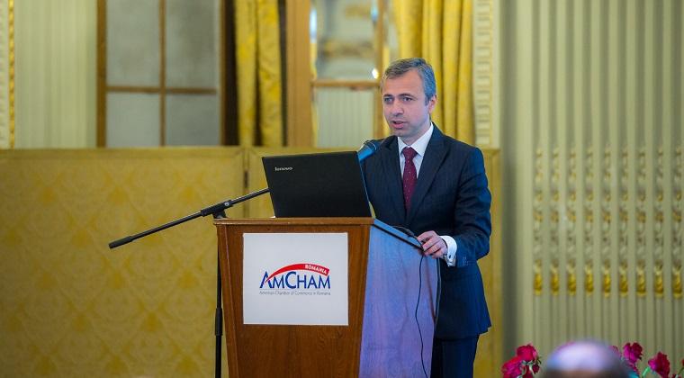 Ionut Simion, AmCham: Trebuie sa oprim exodul inteligentei. Avem nevoie de un proiect Medici pentru Romania si de schimbari majore in educatie
