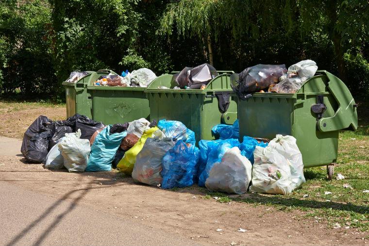Inca o idee buna (doar) pe hartie, a primariei: eliminarea ghenelor de gunoi