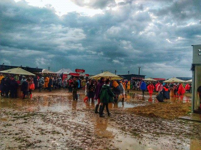 Electric Castle 2016: Festivalul in care furtuna s-a dezlantuit pe ritmuri de electronic, rock, hip-hop si reggae