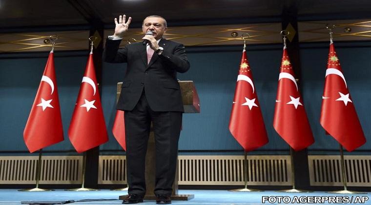 Tensiuni in Turcia: Tari straine ar putea fi implicate in lovitura de stat esuata