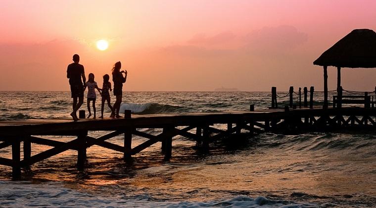 Terra Tourism: O familie cu un copil plateste peste 2.500 de euro pentru un sejur intr-un resort de lux