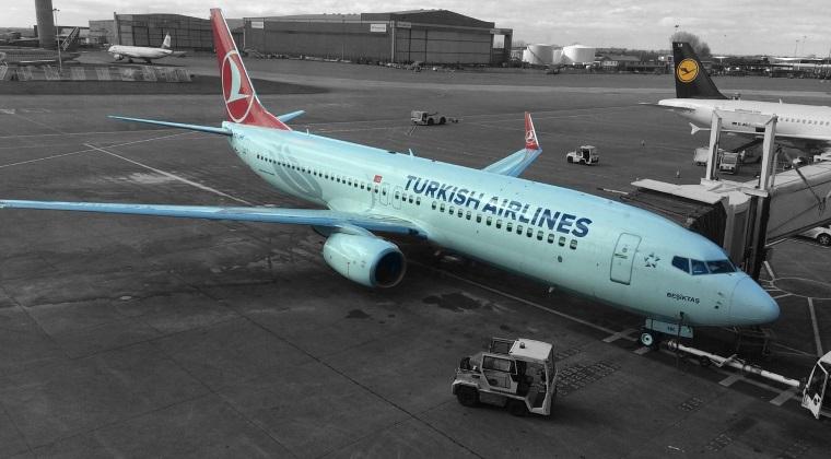 Turkish Airlines a concediat peste 100 de angajati, in urma tentativei esuate de lovitura de stat