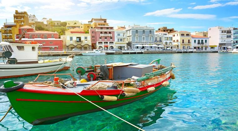 Paravion: Insulele grecesti, printre preferatele familiilor de romani in luna iulie