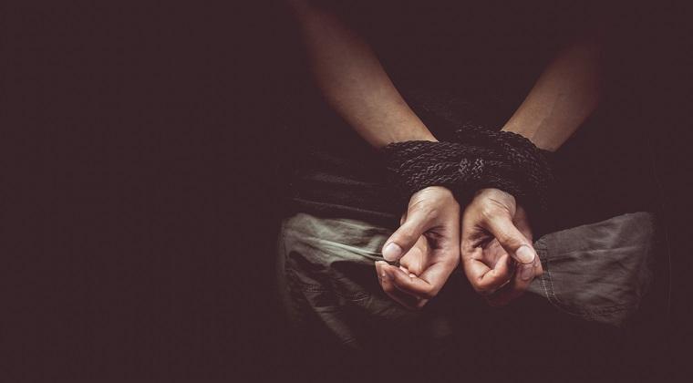 Luare de ostatici intr-o biserica din Franta: Politia se afla la fata locului