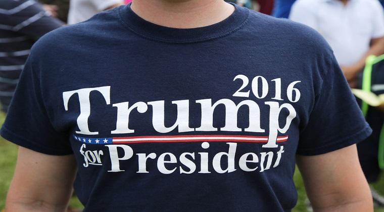 Alegeri prezidentiale in SUA: Donald Trump conduce in sondaje cu un avans de 3% in confruntarea cu Hillary Clinton
