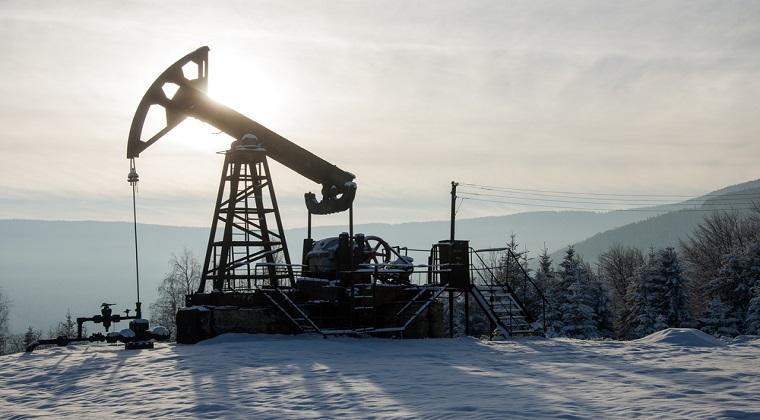 Petrolul Brent: Pretul a atins cel mai redus nivel din luna mai