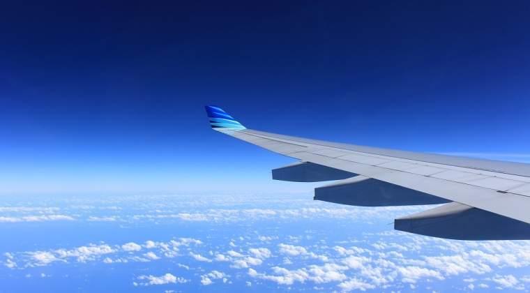 Oferta inedita de la Orange: Cumpara un telefon, primesti o calatorie cu avionul