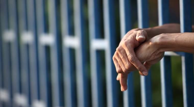 Circa 1.200 de locuri de munca in inchisori: la cat ajung salariile celor care suprevegheaza detinutii