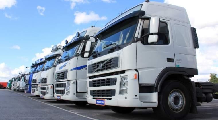 Politele RCA: Transportatorii sustin ca tarifele pentru camioane sunt de patru ori mai mari decat ar fi normal