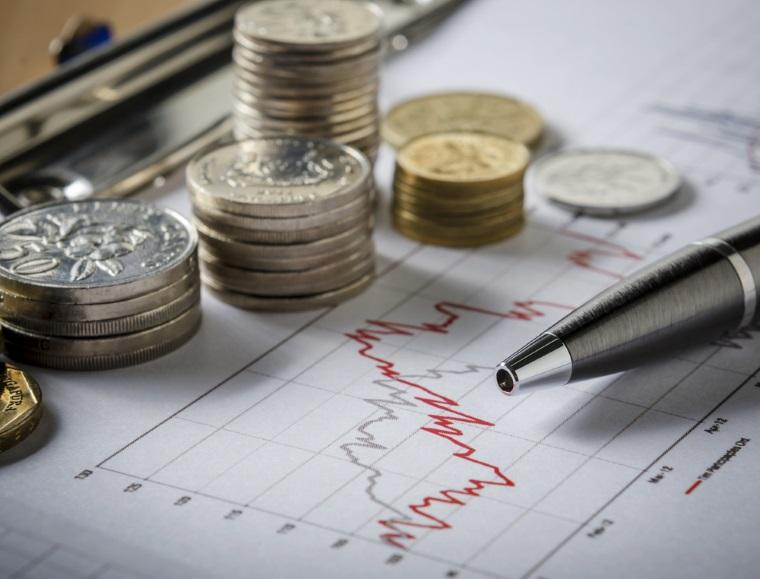 Salariul mediu net: Ritmul anual de crestere a accelerat pana la un nou nivel maxim