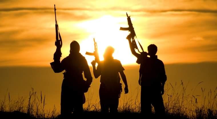 Sirienii din Manbij au sarbatorit eliberarea orasului de sub jihadistii Statului Islamic