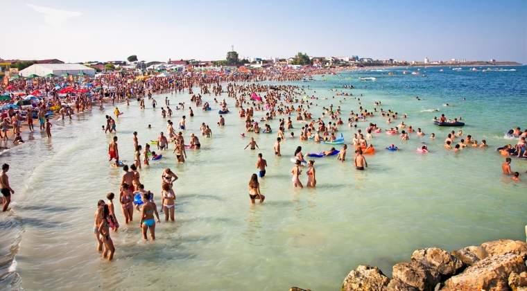 Peste 200.000 de turisti sunt pe litoral in acest weekend