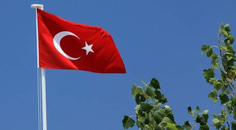 """Turcia se simte """"umilita"""" de UE si ameninta ca nu va mai tine cont de acordul migratiei"""