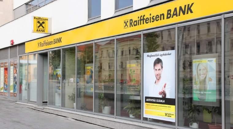 Darea in plata afecteaza Raiffeisen Bank: profitul net din primul semestru, in scadere cu 25%