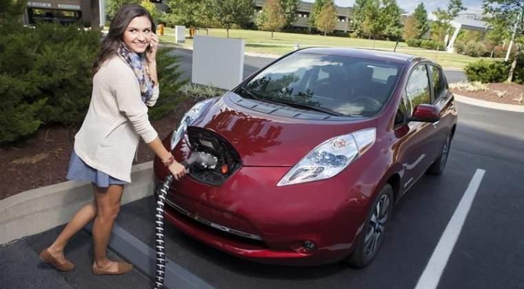 Kaufland a deschis, in parteneriat cu Renovatio, 10 statii de alimentare pentru masini electrice