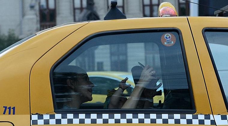 Aeroportul Otopeni: 2.000 de taxiuri au fost autorizate sa preia pasageri
