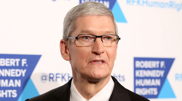 "Tim Cook, CEO Apple: Decizia UE privind taxele Apple este ""o porcarie politica totala"""