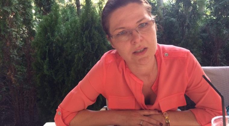 Cristina Martinas, Flanco: Mi-as dori o competitie mai corecta. Clientii sunt bruiati